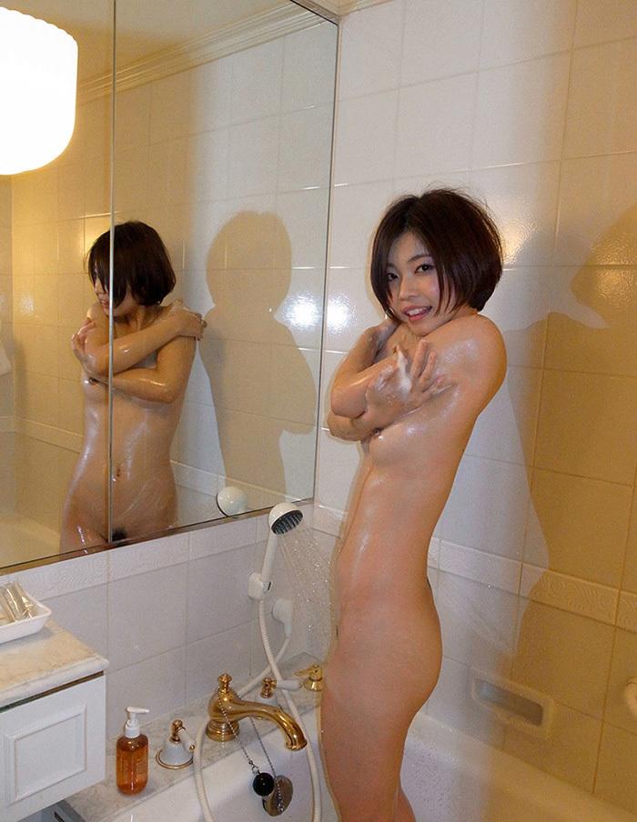 鏡 ヌード 画像 97