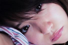 エッチなお姉さんに成長してきてる衛藤美彩のグラビア画像
