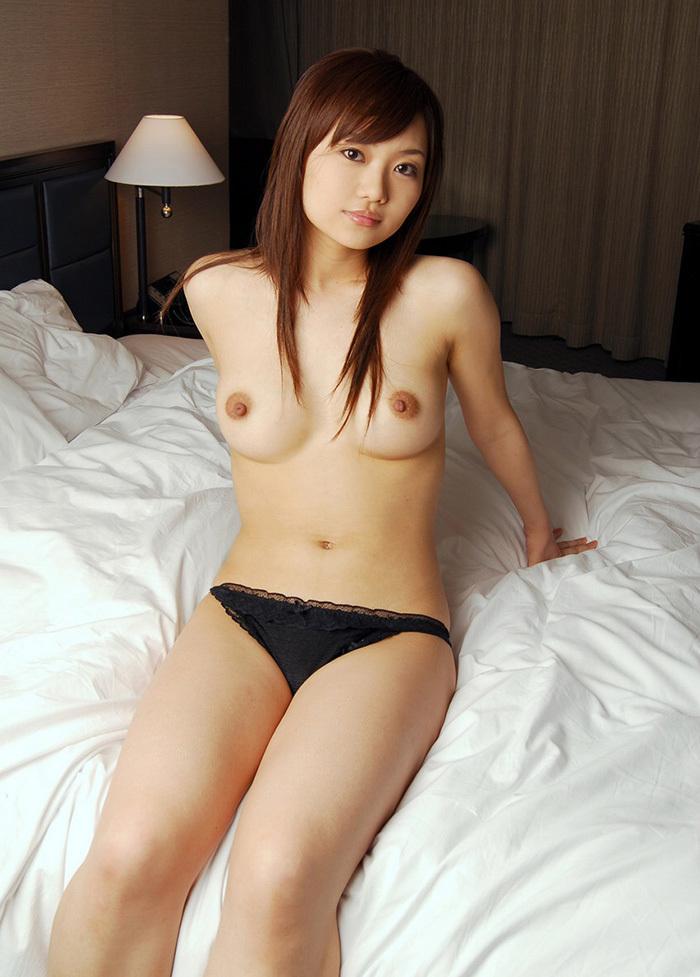 可愛い女の子 ヌード 画像 25