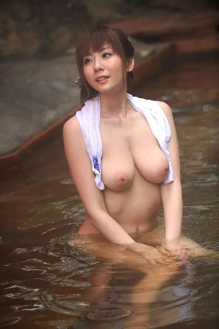 温泉 エロ画像 19