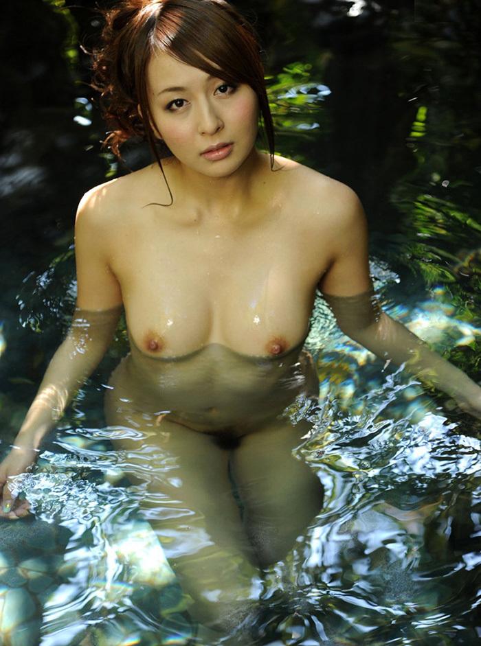 温泉 エロ画像 80