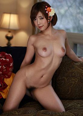 官能的な裸体。美しいお姉さんのヌード画像100枚