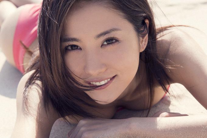 石川恋 『ビリギャル』表紙でブレイクしたスレンダービューティ 画像100枚
