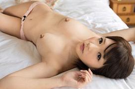 こりゃ勃起不回避!美少女AV女優の麻里梨夏ちゃんの見事な勃起乳首がわかる画像集めてみました。こりゃ乳首攻めしたくなって当然ですねw