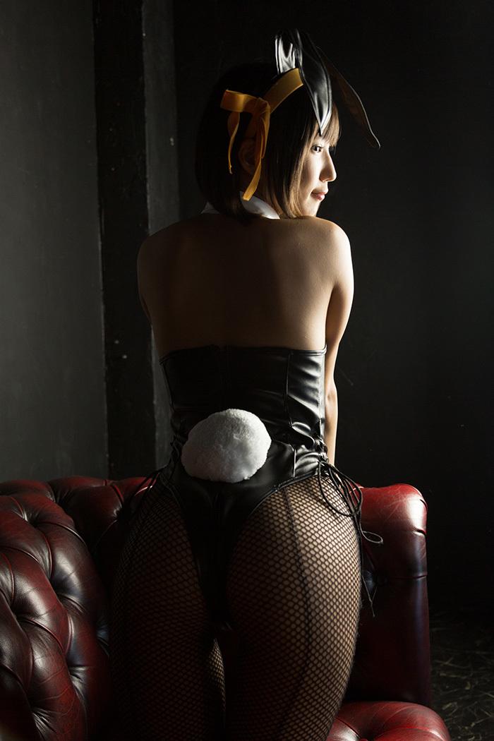 湊莉久 バニーガール 画像 14