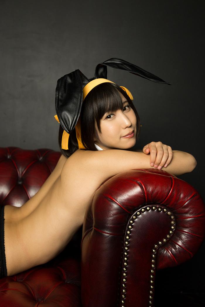 湊莉久 バニーガール 画像 30