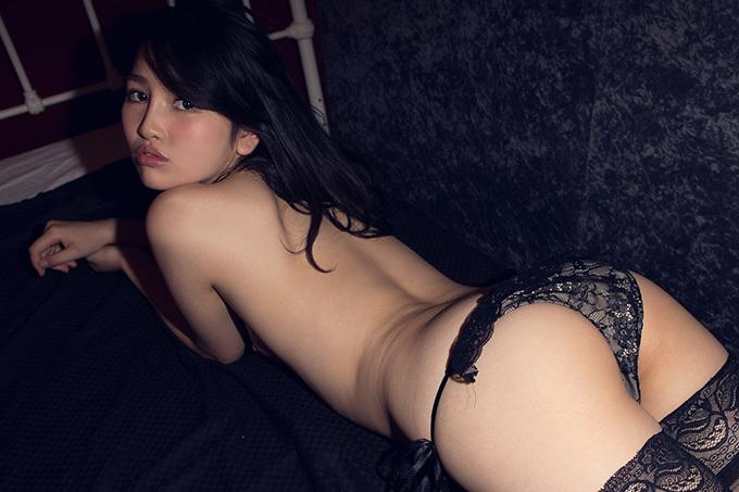 美麗グラビア × 小野寺梨紗 妖艶ヌード