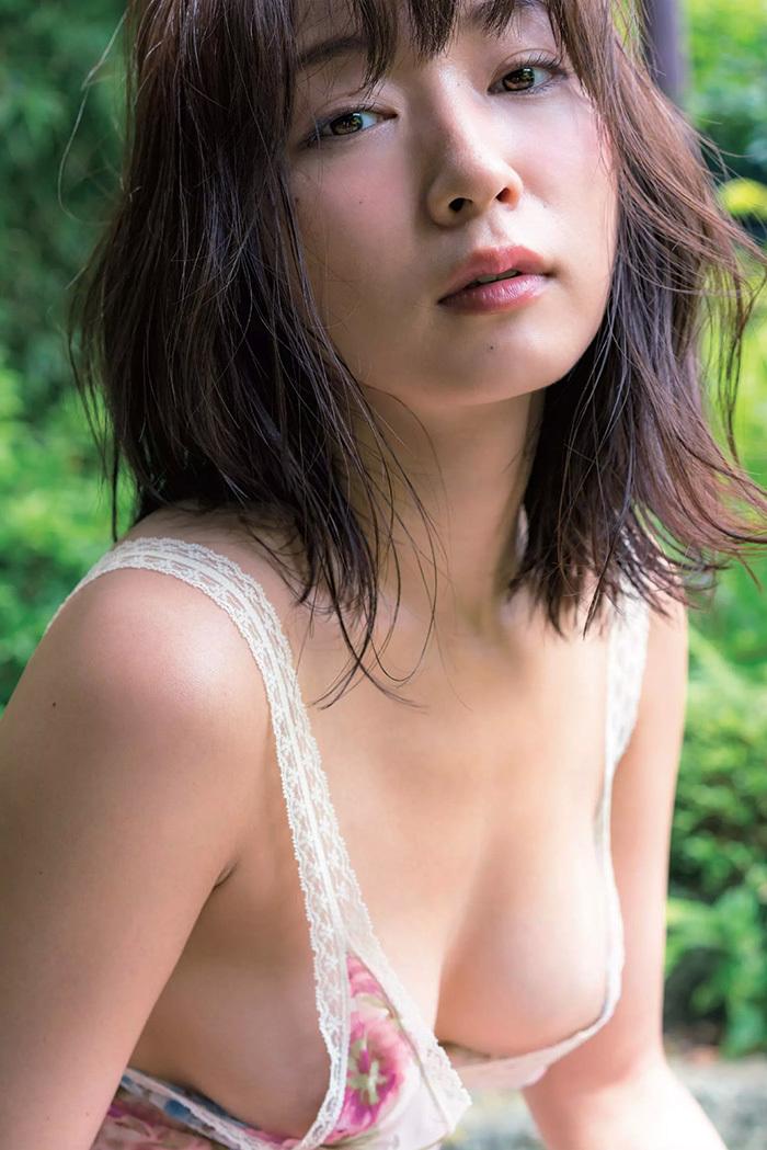 階戸瑠李 画像 2