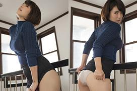 磯山さやか(31)の着衣巨乳とストリップ。画像×11