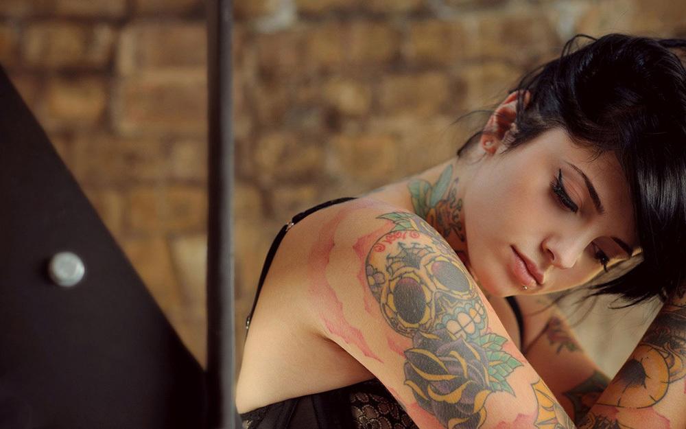 タトゥー ヌード 画像 11
