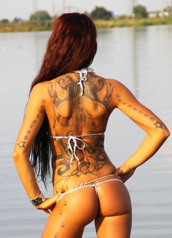 タトゥー ヌード 画像 30