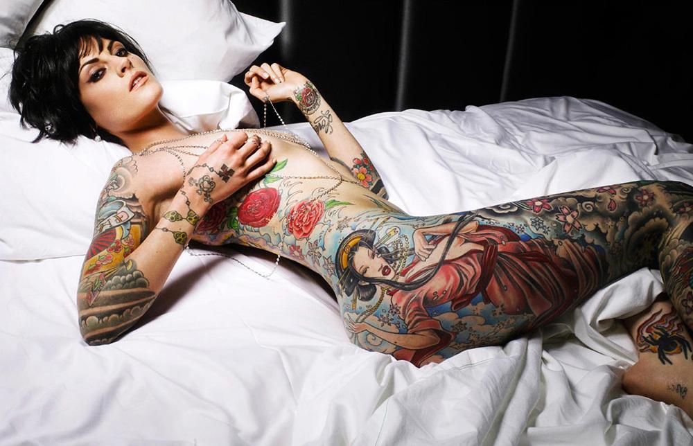 タトゥー ヌード 画像 67