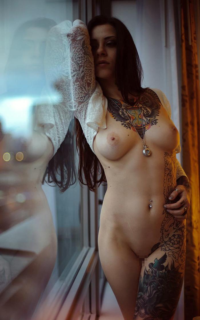 タトゥー ヌード 画像 88