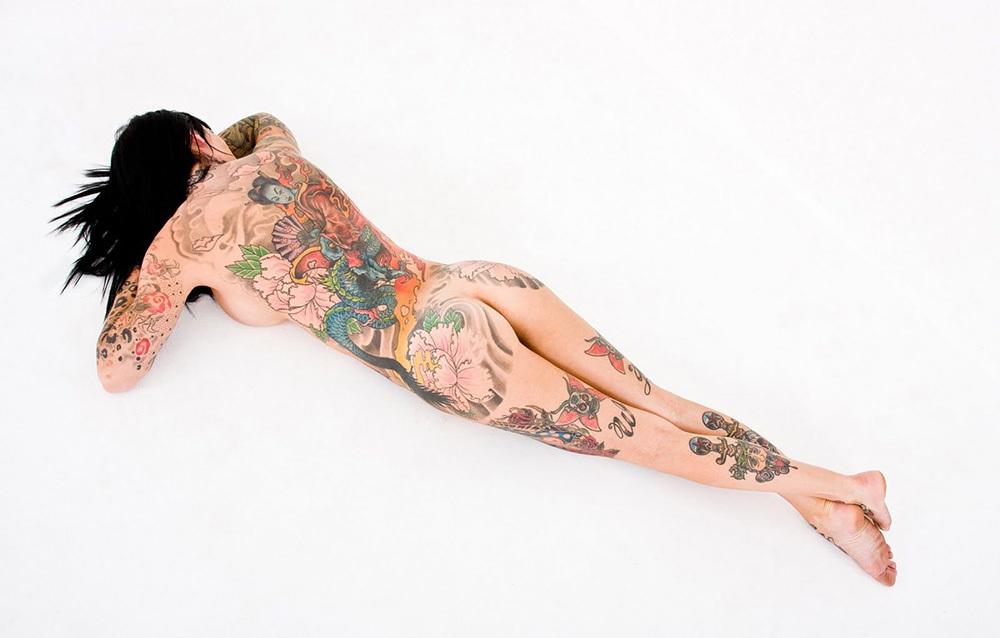 タトゥー ヌード 画像 91