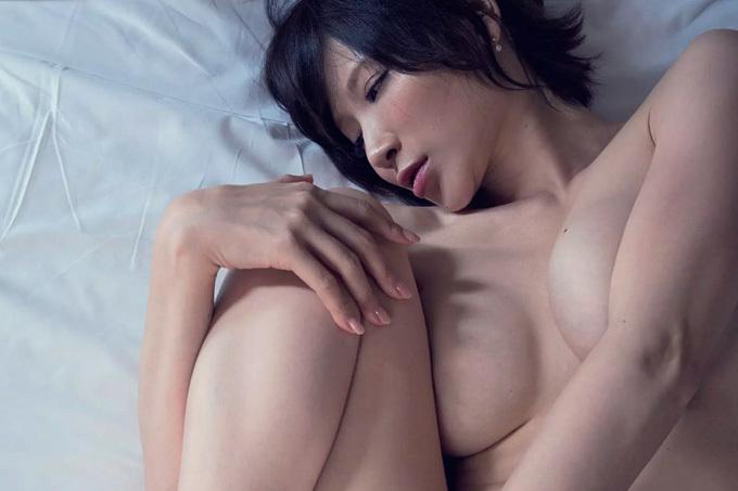 手島優 どエロい…決意の裸体。