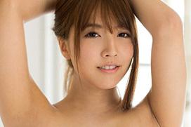 三上悠亜 Fカップの形が綺麗な美巨乳おっぱいに見惚れちゃうエロ画像