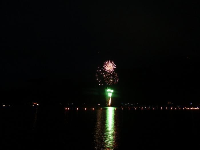 1西湖の花火