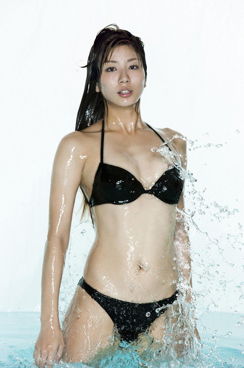 シンクロ青木愛の水着から乳輪が完全にハミ出す!!!!wwwwwww