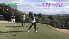 稲村亜美ミニスカゴルフ画像2