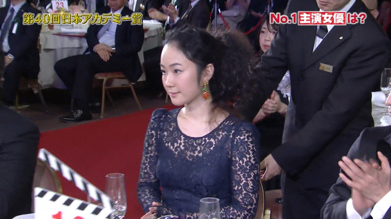 黒木華 アカデミー賞の衣装が今年も透け透け!!wwwwwww