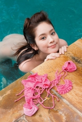 筧美和子全裸水泳画像2