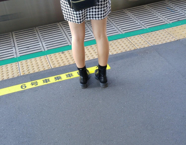 後ろの脚7