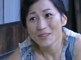 【五十路無料動画】田舎の爆乳五十路熟女は誰とでもSEXするヤリマン熟女