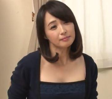 【人妻動画】《安野由美》肉棒が欲しくなると子宮が疼きだすドSなヒトヅマ☆