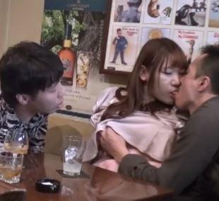 【人妻動画】《ヒトヅマキャッチ》ダンナに構って貰えないヒトヅマが他人棒を求めて乱れる☆