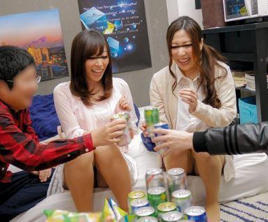 【人妻動画】《ヒトヅマキャッチ》独身時代を思い出して飲み会で弾け騒ぐ奥さんたちの結末☆