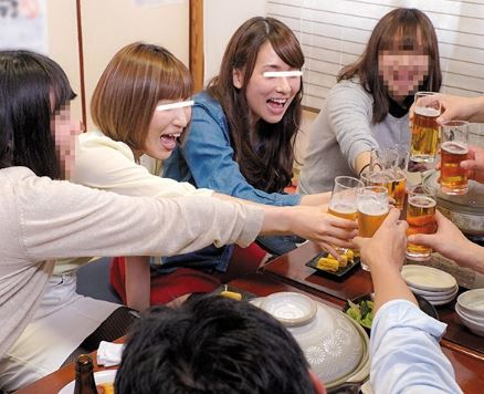 (ヒトヅマムービー)《ネトられヒトヅマ》合コンで酔った奥さん達の性欲が見事に崩壊☆