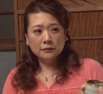 (ヒトヅマムービー)《50代の肉布団》才を重ねてもウワキするぽちゃ熟妻の肉弾SEX☆