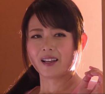 《三浦恵理子》おぉぉ叔母さん俺ヤバイよww思春期の男子には余りにもエロすぎる美熟女