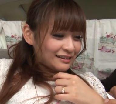 (ヒトヅマムービー)(ヒトヅマキャッチ)そろそろ倦怠期を迎えてきたレス奥さんを口説いてナカ出しSEX☆