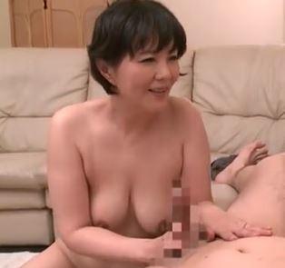 (ヒトヅマムービー)(ヒトヅマの柔肌)円熟したテクでナマポをキモチ良さに導く淫らな性行為☆