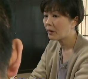 【人妻動画】《へんりー塚本》真昼の情事ww血の繋がらない母子の性行為☆