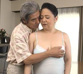 (ヒトヅマムービー)《60代の性欲》40年ぶりに憧れの彼に再開した高齢妻が女を取り戻す☆