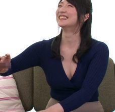 (ヒトヅマムービー)《初撮り奥さん》ダンナとすれ違い今は別居状態のヒトヅマの性欲が爆裂☆