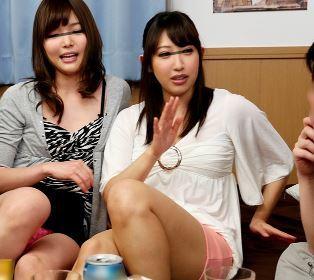【人妻動画】《ネトられお母ちゃん》悪友にヤリコンに持ち込まれ色々な男と久しぶりにヤッちゃいました☆