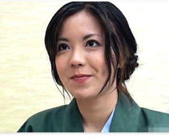 【人妻動画】〈ヒトヅマキャッチ〉純粋でキレイな見た目ですが実話ドすけべな奥さんです