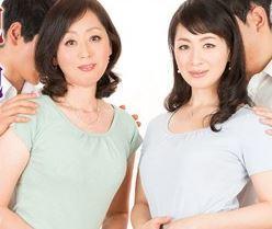 (ヒトヅマムービー)《ネトられ50代》母子スワップ 僕の母親を抱かせてやるから…