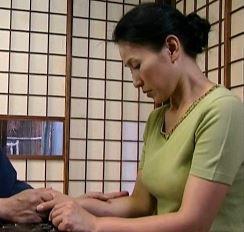 (ヒトヅマムービー)《へんり-塚本》性欲処理介護士の告白…障害者と性行為は後ろめたさは微塵も無い