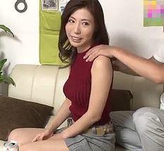 (ヒトヅマムービー)《奥さんキャッチ》家庭でストレスを抱えている妻の弱みに付け込みネトられてしまう