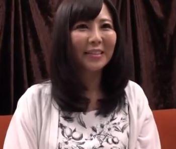 (ヒトヅマムービー)(ヒトヅマキャッチ)シロウト奥さんの肉壷はビンカンで玩具で責めたら仰天☆