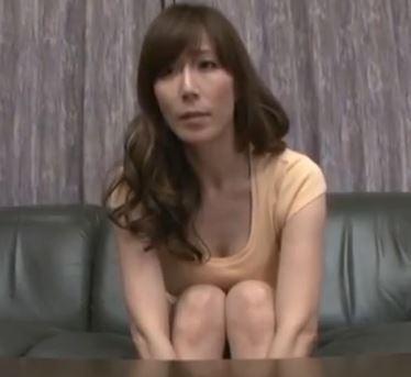 (ヒトヅマムービー)(高坂保奈美)大人の色気で若者を性の虜にする妖艶なドSヒトヅマ