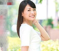 (ヒトヅマムービー)《初撮り熟妻》スタイル抜群で色っぽい容姿がステキなヒトヅマが恥ずかしいほど乱れ狂う