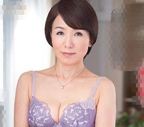 (ヒトヅマムービー)《ネトられ熟母》えっ60代ですか☆50代にしか見えない美しいヒトヅマの悲劇
