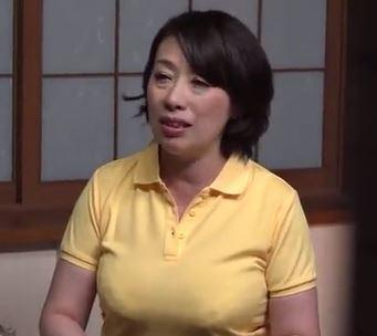 【人妻動画】(NTRおばさん)むっちり白い肉体はマダマダ現役で需要が沢山あるんです