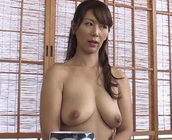 (ヒトヅマムービー)(40代の性欲)ここ数年は盆暮れの二回だけなんです…欲求が爆裂