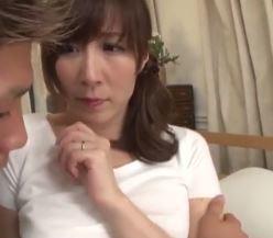 【人妻動画】狙われた肉体☆ムスコの親友だと思っていた少年がある日突然に牙をむいた…高坂保奈美